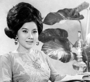 """""""Hoa hậu cải lương"""" Mộng Tuyền năm 1968.  Ảnh -Viễn Kính"""