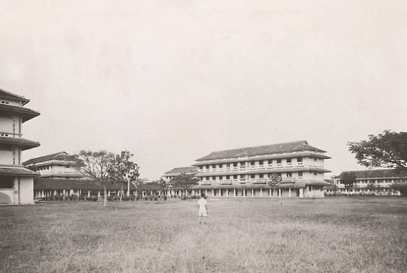 sân trường Gia Long 1931