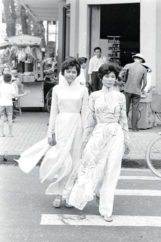Cô gái Sài Gòn xưa