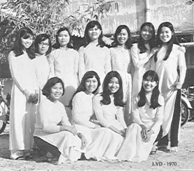 truong-le-van-duyet-1970