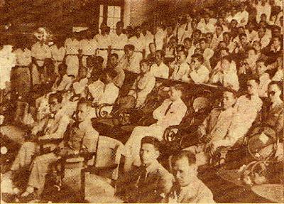 Lễ khai giảng Trường Đại học Quốc gia Việt Nam ngày 15 tháng 11 năm 1945, khóa đầu tiên dưới chính phủ Việt Nam Dân chủ Cộng hòa