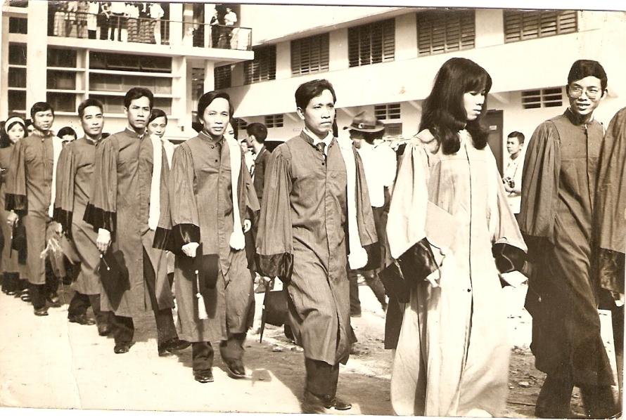 Lễ phát bằng Cử Nhân của Viện Đại Học Vạn Hạnh, 1973