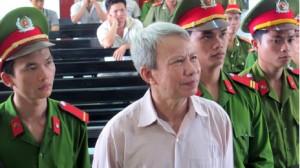 Ông Ngô Hào tại phiên tòa sơ thẩm ở Phú Yên