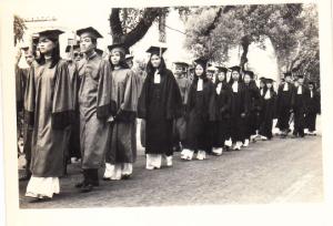 Một số hình ảnh tốt nghiệp lớp VH-Huỳnh Thúc Kháng ĐHSP Huế
